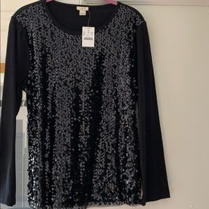 Black tee with sequin front